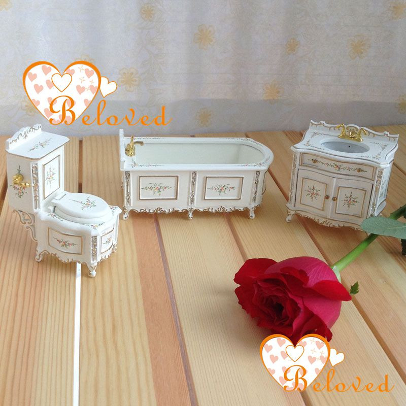 Innovative Miniature Dollhouse BATHROOM FURNITURE